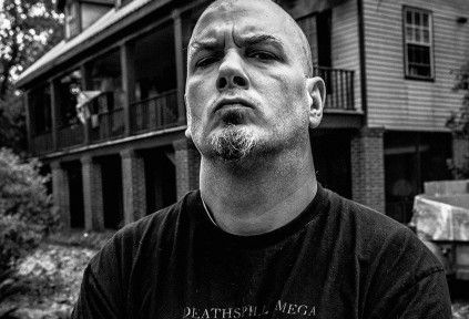 Philip H. Anselmo and the Illegals: perform a Vulgar Display of 101 Proof